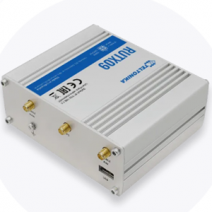 Teltonika RUTX09 router with Dual-SIM